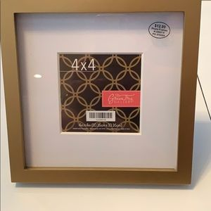 NWT Gold picture frame